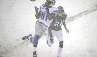Calvin Johnson makes a catch over Cary Williams at the game dubbed the 'Snow Bowl' in 2013. Credit: Philadelphia Daily News