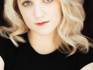 Evanna Lynch Credit Tracking Republic