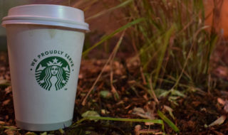 autumn-girly-things-starbucks-leaves-credit-laura-horan
