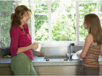 mother-and-daughter-kitchen-credit-getty