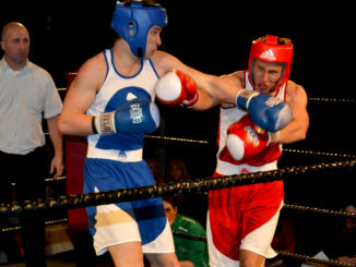 The penultimate fight between Thomas Walsh and Peter Wade was called to an early halt. Credit: Laura Horan