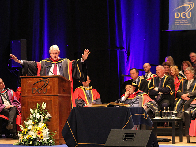 Bill Clinton delivers his address in The Helix