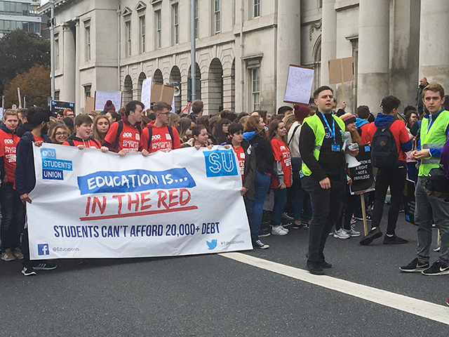 DCUSU and students march on Custom House Quay in support of publicly funded education. Image Credit: Kyle Ewald